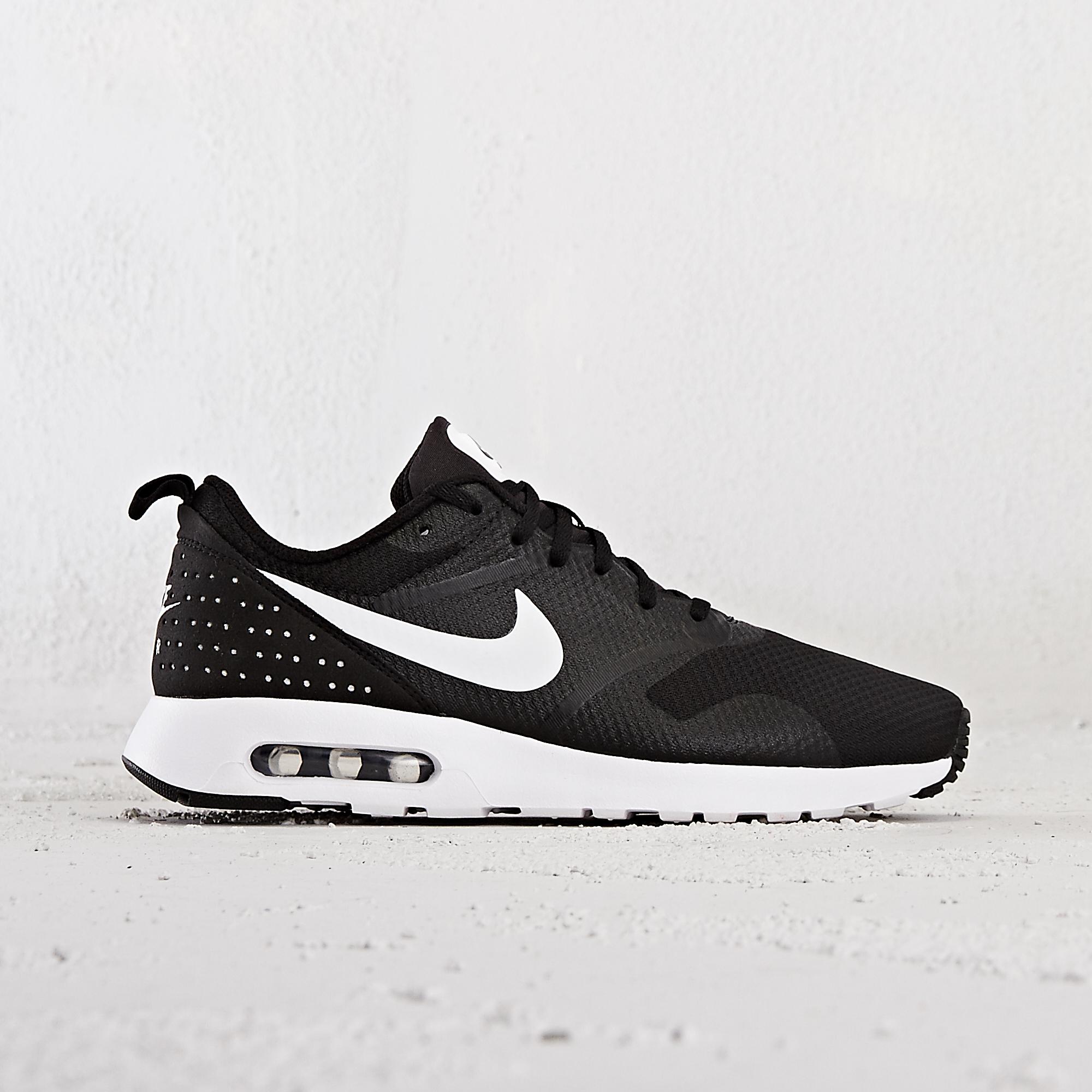 5f9df26630707 Buy Nike AIR MAX TAVAS - Black | 705149
