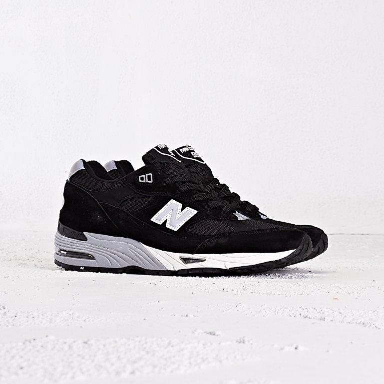 Buy New Balance 991 EKS - Black