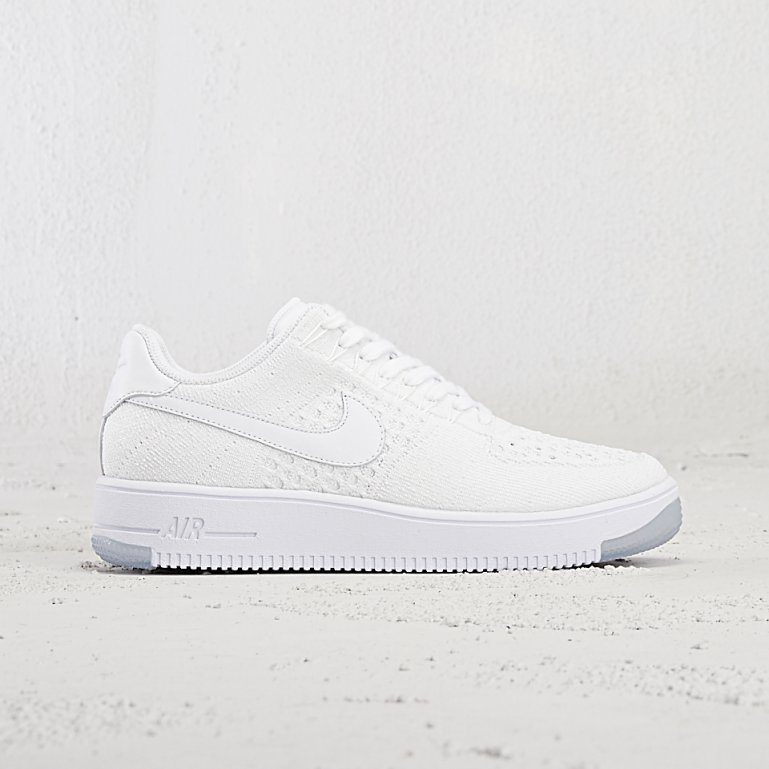 online retailer 871b0 c456f Air Force 1 ULTRA FLYKNIT LOW. Nike