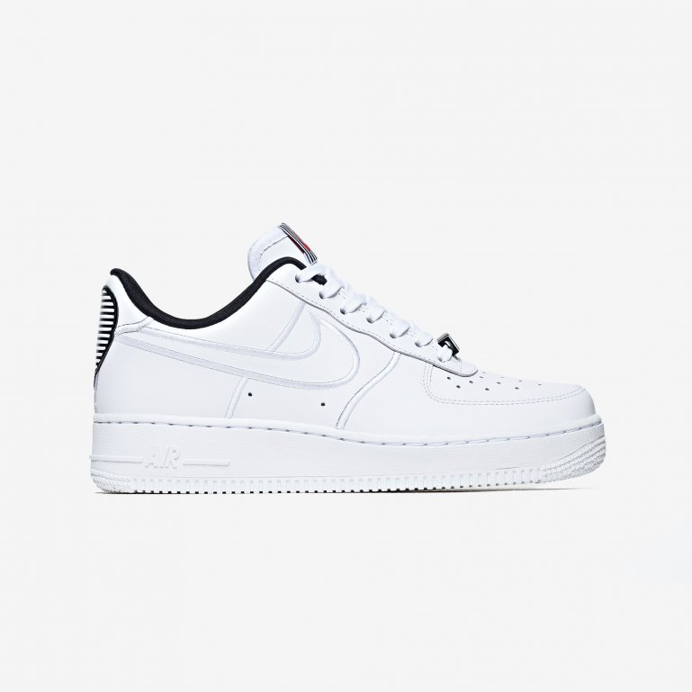 Buy Nike Wmns AIR FORCE 1 '07 SE LX